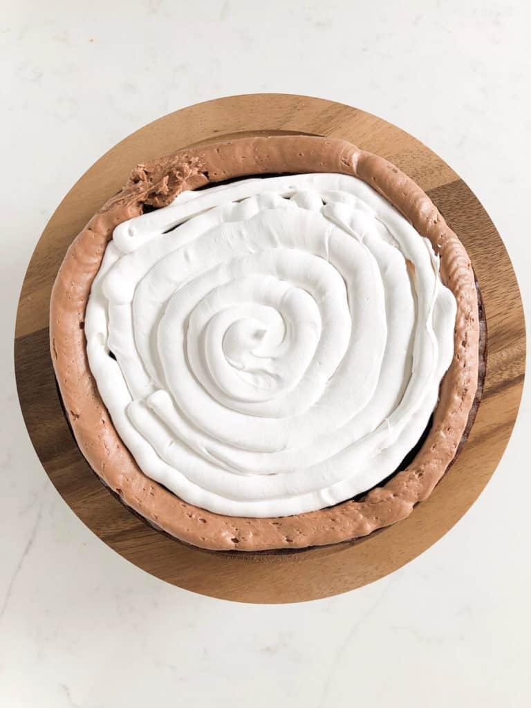 marshmallow cake layer