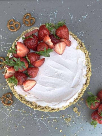 Strawberry Cheesecake Whole Cake with Strawberries on Top