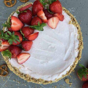 Strawberry Cheesecake Whole Cake