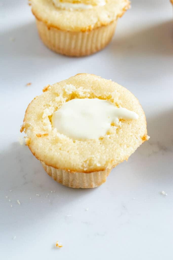 vanilla cupcake filled with banana pudding